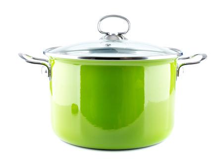 ustensiles de cuisine: Vert pot d'émail avec couvercle plan sur blanc Banque d'images