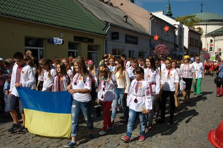 marchers: Opening Parade - representation of ukraine