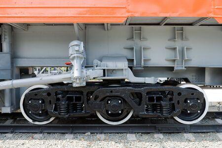waggon: three railroad waggon wheels, view from side