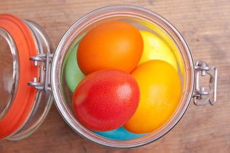 glas: Ostereier im Glas Stock Photo