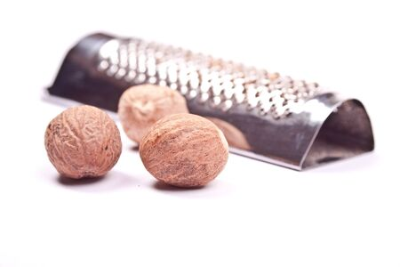 aon: nutmeg