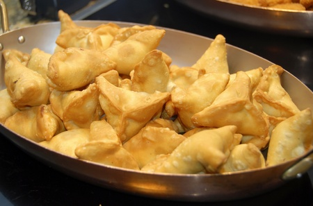 fresh delicious samosa Stock Photo - 9944992