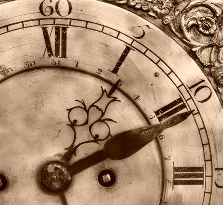 numeros romanos: Close-up de reloj antiguo del siglo dieciocho Foto de archivo