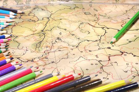 contoured: L�pices de colores en el antiguo mapa contorneada, GDL superficial