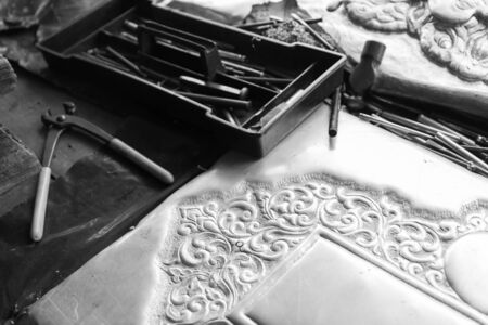 gouge: pliers and chisel for making art tracery on silverware