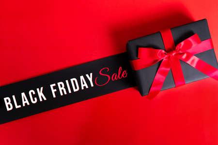 Black Friday sale, black gift box for online shopping Zdjęcie Seryjne