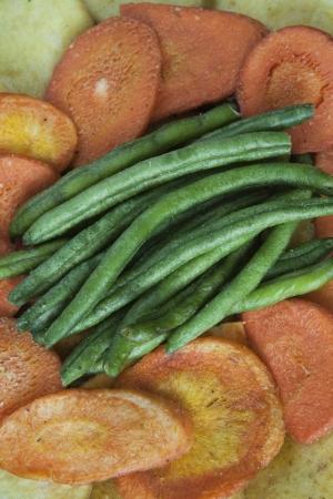 dried vegetables: Cierre de jud�as verdes secas, patatas dulces, y Primer Taro de hortalizas secas Foto de archivo