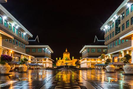 Sultan Omar Ali Saifudding Mosque at night, Bandar Seri Begawan, Brunei, Southeast Asia