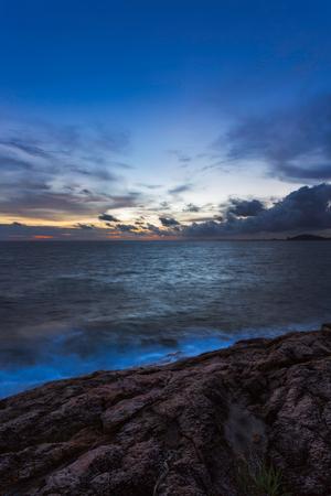 samet: Sunset on sea coast in Koh Samet, Rayong, Thailand
