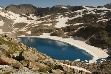 Literola lake in Aragon Pyrenees Stock Photo - 15495668