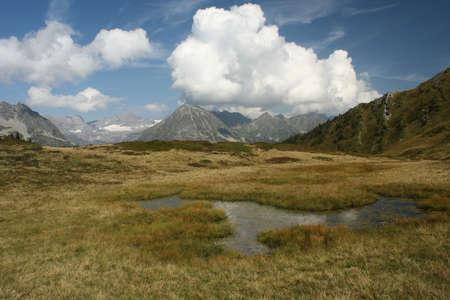 alpine landscape Stock Photo - 16316543
