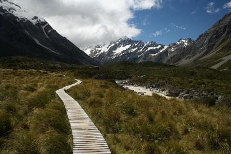 hooker: boardwalk in Hooker Valley, New Zealand