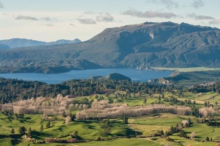 lake Okaro with mount Tarawera in Waimangu 스톡 콘텐츠