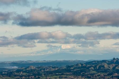 tongariro: Mount Tongariro ve desde las monta�as del arco iris