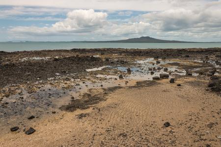 castor: volcanic beach at Castor Bay