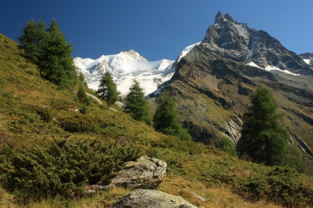 massif: Lo Besso massif - Val d Anniviers Stock Photo