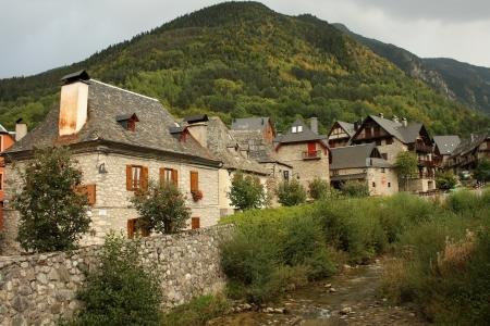 aran: Arties village in Val d Aran, Spain