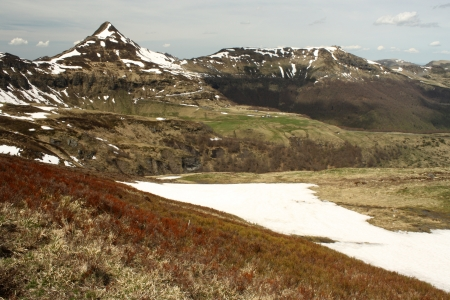 melting snow at Puy Mary