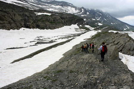 ordesa: mountaineering in ordesa y monte perdido national park