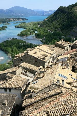 aragon: rooftops in Ainsa - Spain