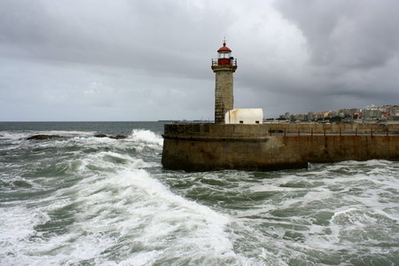 oporto: Oporto lighthouse