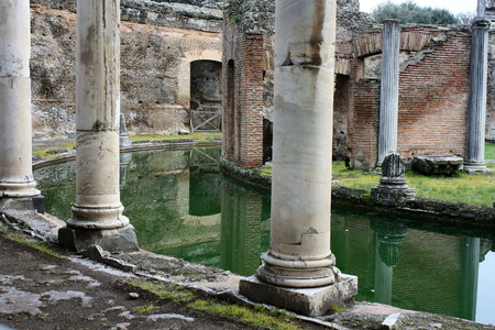 Villa Adriana - Maritime Theatre photo