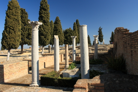 corinthian: Corinthian columns in Italica