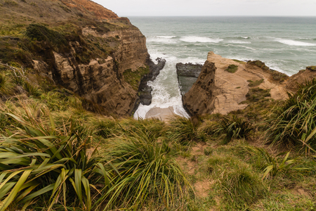 ranges: Waitakere Ranges coastline