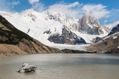 torre: Cerro Torre, Los Glaciares National Park, Argentina