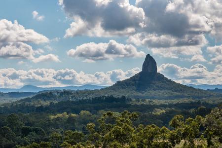 マウント Coonowrin ガラス家山国立公園、クイーンズランド州、オーストラリア 写真素材