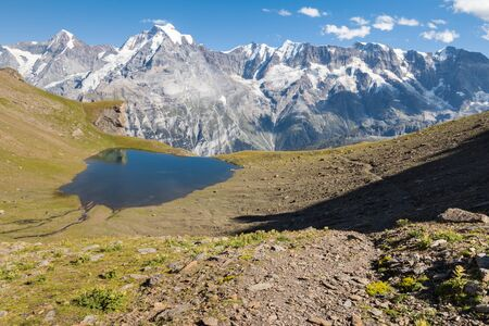 glacial tarn above Lauterbrunnen valley in Bernese Alps, Switzeland Zdjęcie Seryjne