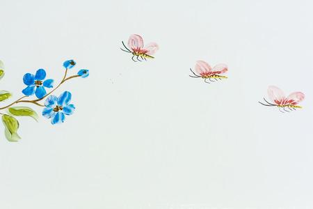 #40720732   Wandmalerei über Schmetterling Und Blume Auf Der Wand Für  Dekoration 2