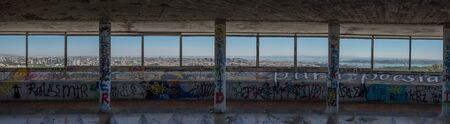 panoramic view from lookout platform panoramico de monsanto in lisbon portugal Banco de Imagens