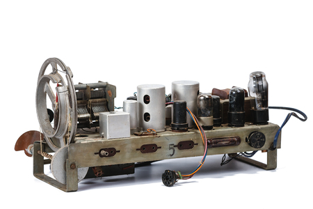 device of tuning of an old lamp radio receiver