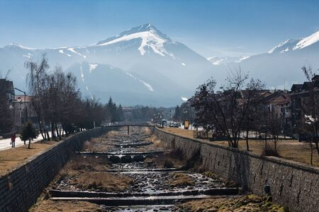 View from Bansko to Mount Todorka - place of skiing Stockfoto
