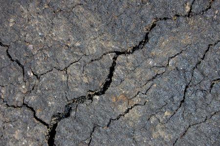 fissure: fissur� des chauss�es