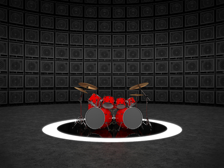 Rood drumstel tegen de achtergrond van een muur van gitaarversterkers
