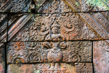 Beautiful old reliefs of ancient complex Koh Ker in Cambodia Фото со стока