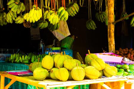 A fruits local market with durian and banana, Koh Lanta, Krabi in Thailand Imagens