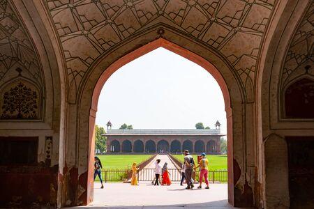 New Delhi, India, Mar 30 2019 - The architecture of the Naubat Khana drum house in the Red Fort of New Delhi, India Reklamní fotografie - 127883518
