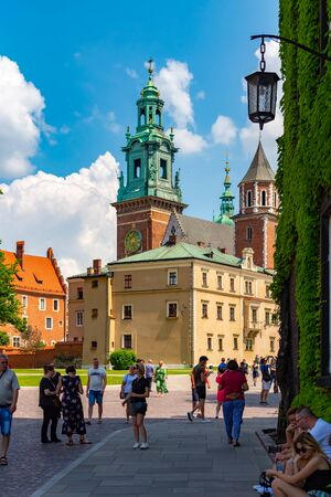Krakow, Poland, 10 May 2019 - A view of a Wawel castle with Gardens and cathedral, Krakow, Poland Reklamní fotografie - 127884772