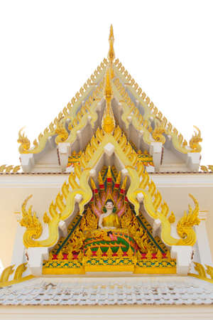 March 29, 2017 : Delicate Thai art at front facade of Buddhist church building at Wat Ton Chumsaeng Temple. Phichit, Thailand. 스톡 콘텐츠