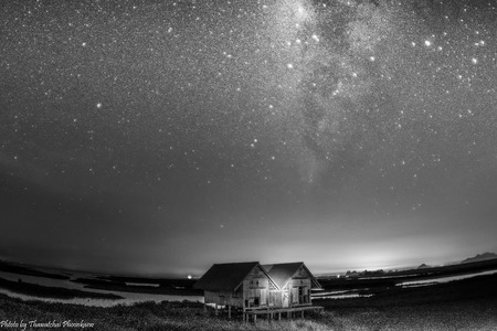 shanty: milky way  over the  twin hut  in the lake