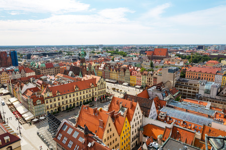 ポーランド、ヴロツワフ、旧市街、市庁舎のビュー