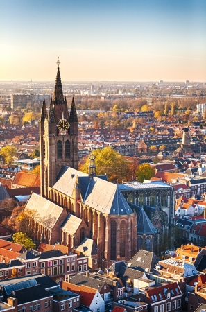 Az Oude Kerk, vagy Old Church of Delft, Hollandia A gótikus református templom a legrégebbi temploma a város