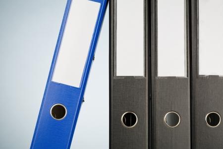 Közeli kép egy sor irodai mappák vagy kötőanyagok. Stock fotó
