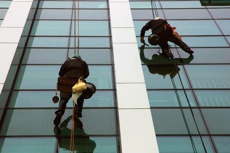 human height: washing windows, facades 5