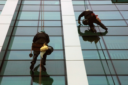 manual work: washing windows, facades 5