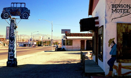 infamous:  35   Historic   infamous broken down Benson Motel in Benson, Arizona, USA