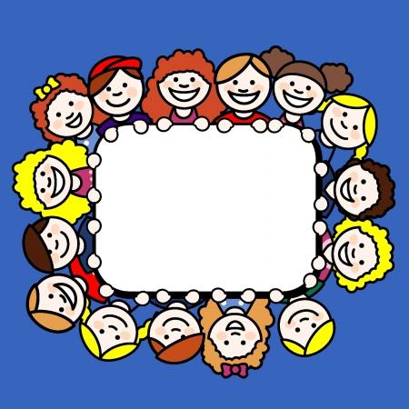 Los niños pequeños que forman un marco rectangular